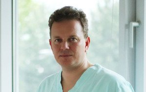 Doktor v obore oftalmológie